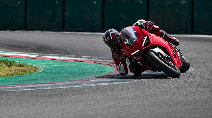 Ducati opens bookings for the Panigale V2 ahead of launch