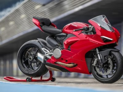 Ducati PanigaleV2 - Exhibit Magazine