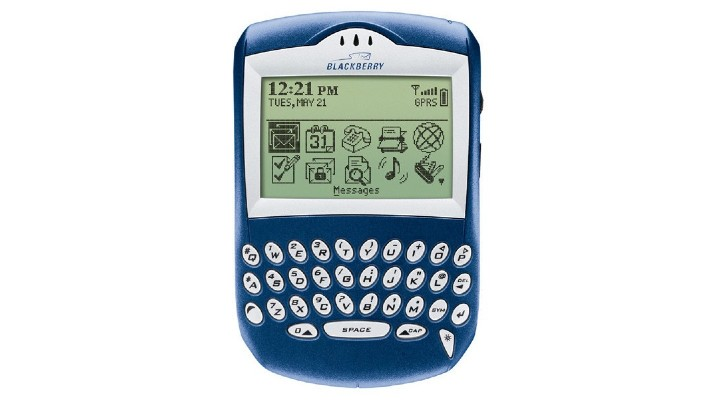74 Gadgets Exhibit Magazine - Blackberry 6210