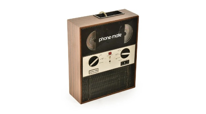 74 Gadgets Exhibit - PhoneMate 400 Answering Machine