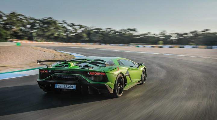 Lamborghini Cars- Exhibit Magazine