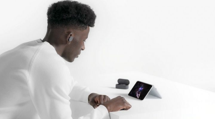 Microsoft Surface Duo - Exhibit Magazine