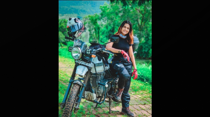 Vishakha Female Rider Vlogger - Exhibit Magazine India