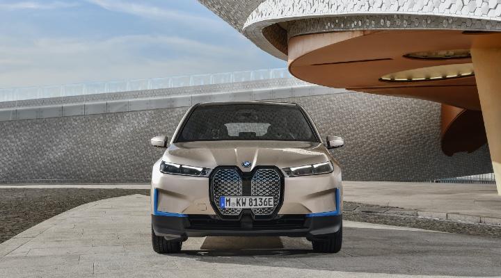 BMW iX Front Look - Exhibit  Magazine