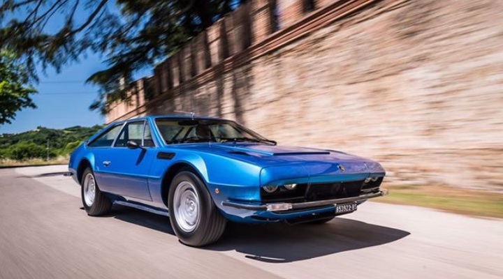 Lamborghini Jarama GT - Exhibit Tech Magazine