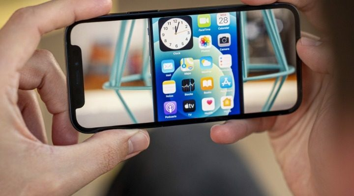 Upcoming Smartphone Trends 2021 iPhone Mini
