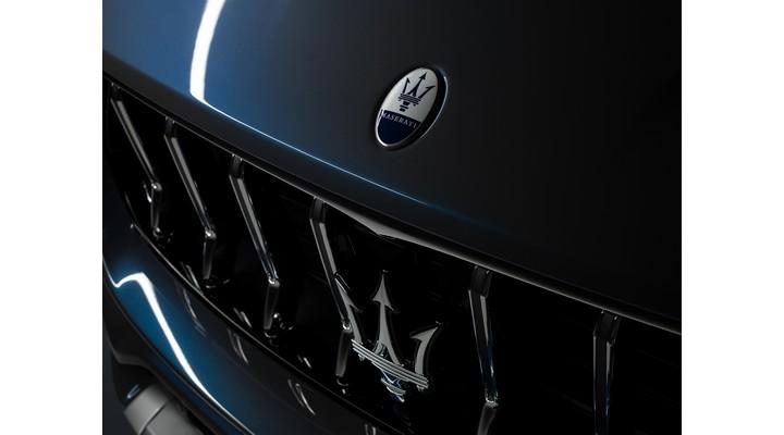 Maserati Levante Hybrid Interiors_08