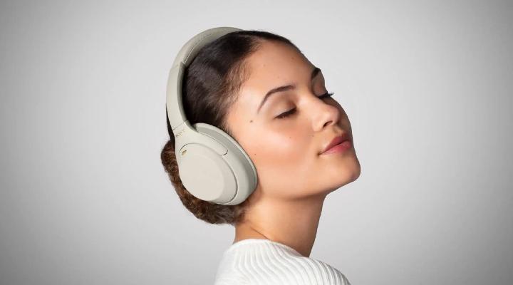 Top 5 Wireless Headphones In 2021